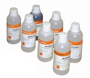 Milwaukee 10.01 pH Calibration Solution 220 ml