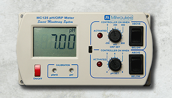Milwaukee pH/ORP Controller MC125  A/C