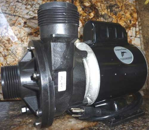 Dolphin Amp Master 3900 FW External Water Pump